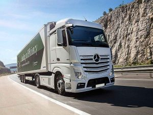 mercedes actros in marcia